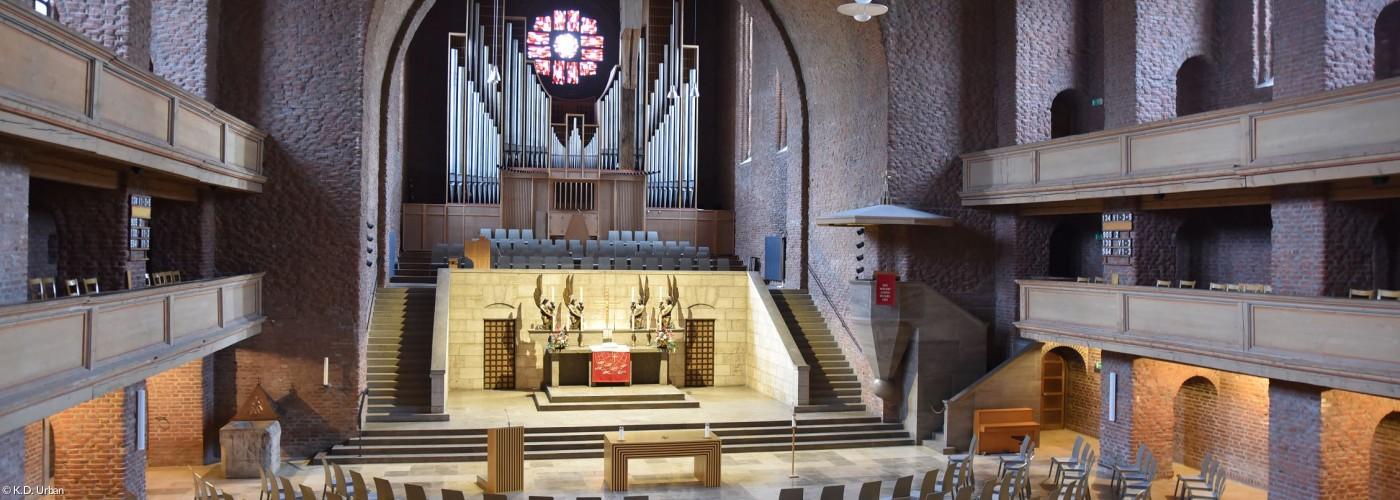Kircheninnenraum Gustav-Adolf-Gedächtniskirche