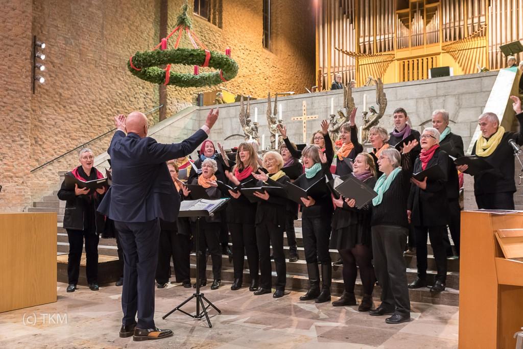 Die Glory-Land-Singers in Aktion