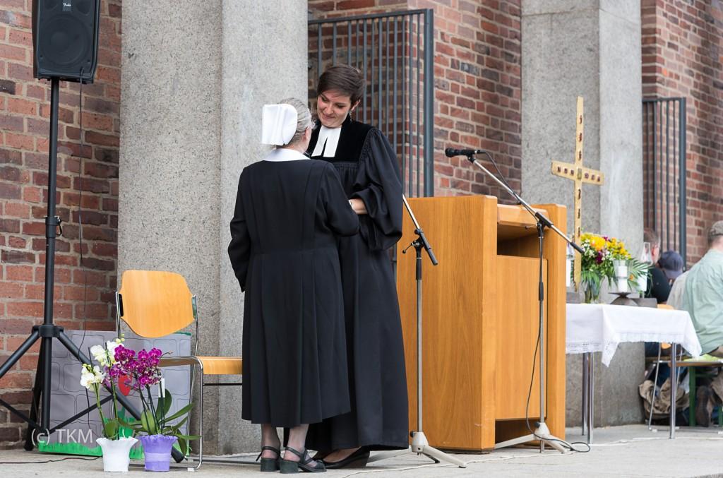 Möge Gottes Segen Sie behüten, liebe Schwester Anna.